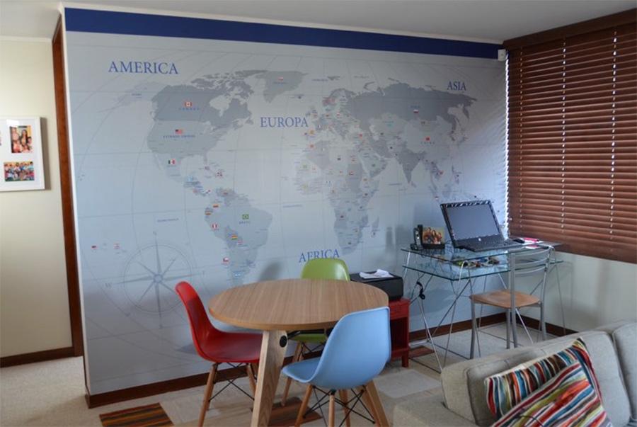 Mapa Grises y azul con Banderas en adhesivo HQ Laminado